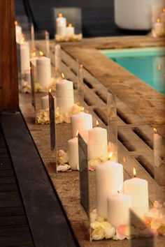 Great way to dress up a tacky poolside for an evening event. | LFF Designs | www.facebook.com/LFFdesigns