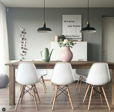 Scandinavian Living Room Designs I am not absolutely sure if you have noticed of a Scandinavian interior design. Room Inspiration, Interior Inspiration, Apartment Decorating On A Budget, Interior Decorating, Decorating Ideas, Decor Ideas, Tumblr Room Decor, Sweet Home, Scandinavian Interior