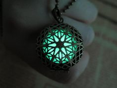 Glow in the dark Green necklace