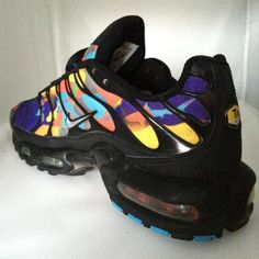 Image result for nike air max tn plus Nike Air Max Tn, Back To School Fashion, Hot Shoes, Beautiful Shoes, Nike Women, Sneakers, Image, How To Wear, Clothes