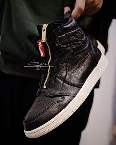 """Air jordan 1 """"ZIPPER """" 10,000pairs limited #primeknit #newyork #newyorkcity #adidas #ultraboost #kith #nmd #yeezy #yeezyboost #sneakers #sneakerhead #ronniefieg #hypebeast #woodwood #sneakersnstuff #jordan #friends #ig #igtravel #igaddict #igseller #igsneakers #top #jordan1 #hypebeast #sports #zipper #retro"""
