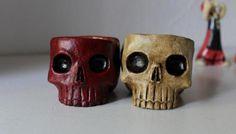 Calaveras ceniceros, diferentes modelos tamaños y colores. Se personalizan y envían. Contacto: ceramicatierraviva@hormail.com https://www.facebook.com/ceramicatierraviva/
