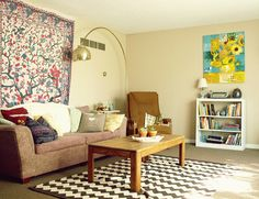 rug is kinda ugly but the colors and the tapestry vintage style apartment living room #urbanoutfitters