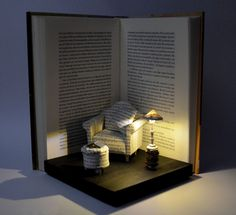 Diorama Book Paper Diorama with light Great Comfort Diorama Buch-Papier-Diorama mit Licht großer Komfort. The post Diorama Book Paper Diorama with light Great Comfort appeared first on Paper Ideas. Altered Books, Altered Art, Altered Tins, Book Crafts, Paper Crafts, Diy Love, Book Sculpture, Paper Sculptures, Miniature Rooms