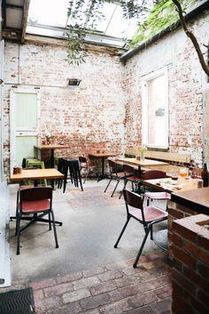 Melbourne: Auction Rooms by ebony Eclectic Restaurant, Outdoor Restaurant, Cafe Restaurant, Restaurant Interiors, Porches, Melbourne Cafe, Cafe Concept, Interior Architecture, Interior Design