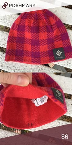 Columbia baby girl winter hat EUC houndstooth pattern- dark pink and orangey-red winter hat. Tag says toddler but I think it's more 6-12 months size. Columbia Accessories Hats