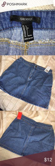 Forever 21 Demin Skirt short demin skirt with tags (never worn) Forever 21 Skirts Mini