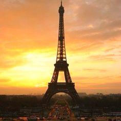 Ahh Paris!!  Oui Oui