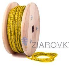 Kábel dvojžilový skrútený v podobe textilnej šnúry v žltej farbe je ideálny pre každé prostredie, domácnosť, kanceláriu alebo zásuvku. (2)