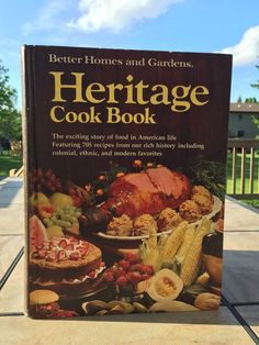 Better Homes and Gardens Cook Book Heritage1975 First Edition First Printing