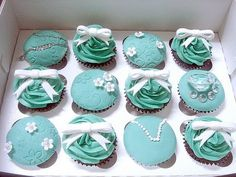 Tiffany Blue cupcakes from petit cupcakes.com