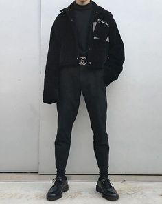 All-black black out Korean aesthetic black clothing outfit soft girl aesthetics ulzzang fashion Men fashion L e l i a L' a r t Korean Fashion Men, Fashion Mode, Aesthetic Fashion, Aesthetic Clothes, Look Fashion, Fashion Outfits, Mens Fashion, Jackets Fashion, Aesthetic Black