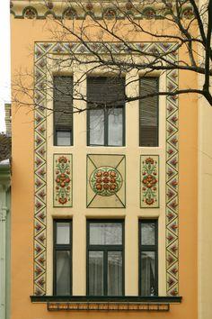 Subotica - Najamna palata Šalamona Sonenberga, Strassburger Isidor and Gombos Lajos (1909). Address Đure Đakovića 3, Subotica. Author : Željko Vukelić