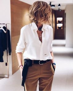 Mode automne hiver 2019 2020 zara femme october 23 2019 at 06 fashion inspo fashion clothes shoes luxury for women casual style dresses outfits summer outfits minimalist fashion fashion tips fashion ideas style Casual Work Dresses, Work Casual, Dresses For Work, Classy Casual, Casual Clothes For Women, Work Outfits For Women, Casual Office Wear, Edgy Dress, Casual Sophisticated Style