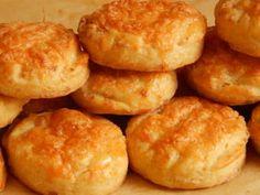 Túrós pogácsa recept - Sós sütik Pretzel Bites, Hamburger, Bread, Ethnic Recipes, Food, Magic, Gastronomia, Brot, Essen