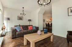 A cosy and contemporary apartment in the center of The Hague, just down the street from the Royal Palace.