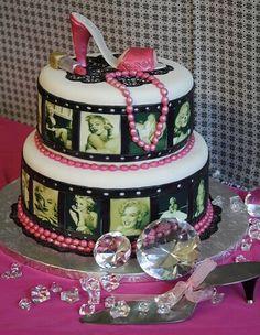 Marilyn Monroe Birthday, Marilyn Monroe Decor, Marylin Monroe, Beautiful Cakes, Amazing Cakes, Best Bakery, Gateaux Cake, Cake Central, Birthday Cakes