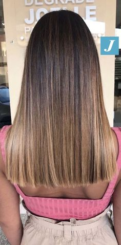 60 Super Bright Balayage Highlights and Haircolors hairstyleforwoman balayage haircolor hairstyle haarfarbe frisuren 593208582151470046 Brown Hair With Blonde Highlights, Brown Hair Balayage, Balayage Brunette, Hair Color Balayage, Straight Hair Highlights, Balayage Hair Brunette With Blonde, Dark Balayage, Bayalage, Light Brown Hair