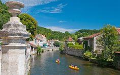 Er zijn vier bijzondere routes (elk met een eigen kleur) in de Dordogne te maken.