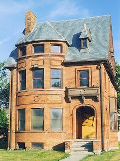 John Owen House (Later the Hansbury School of Music), 544 Frederick Street, Detroit Michigan. Queen Anne Style, (because of the rounded tower). Frederick Avenue's Historic District.