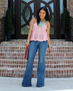 http://fashionista-next-door.com/wp-content/uploads/2012/06/how-to-wear-flared-jeans-013.jpg