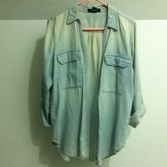Nine West jeans shirt Size medium. Really cute with leggings Nine West Tops Button Down Shirts