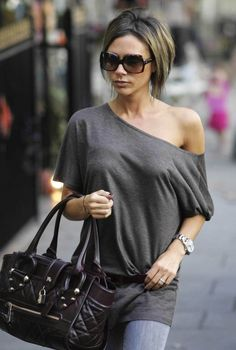 Love me some Posh... so effortlessly chic.