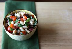 White Bean and Roasted Red Pepper Salad