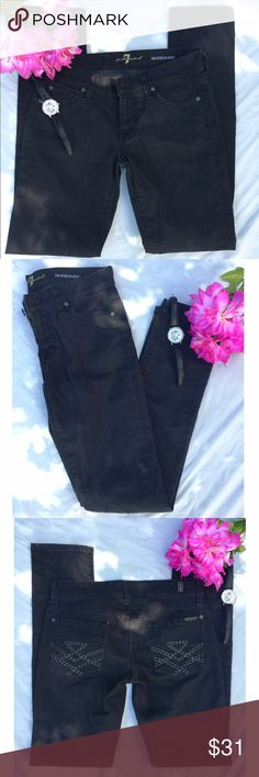 "7 for all Mankind ""Roxanne"" skinny jeans 26 Black jeans are completely on trend right now! 98% cotton, 2% elastane. Approx 30"" waist, 7.5"" front rise, 31"" inseam. 7 for all Mankind Jeans Skinny"