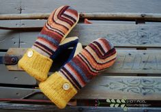 make mittens from wool sweaters