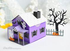 http://myjoyfulmoments-kaym.blogspot.com/2016/08/halloween-inspirations.html