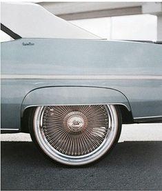 Stupendous Useful Tips: Car Wheels Tire car wheels rims paint.Custom Car Wheels Products old car wheels rust.Old Car Wheels Vw Beetles. Retro Cars, Vintage Cars, Vintage Ideas, Vintage Style, Retro Vintage, Meister Yoda, Carros Vintage, Velo Design, Cute Cars