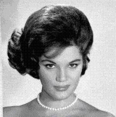 More favorite Connie Francis: Roundabout, He Thinka I Still Care, You're Gonna Miss Me, Valentino, He's My Dreamboat