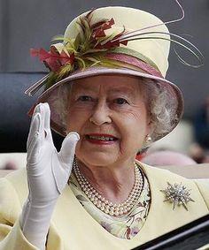 Queen Elizabeth in a lovely hat