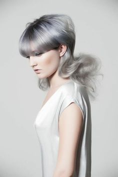 The Best Beauty Tips For People Of All Ages. A good beauty routine should be relaxing and pleasant. Now you can try some new beauty techniques with co Casual Hairstyles, Creative Hairstyles, Funky Hairstyles, Elegant Hairstyles, Best Beauty Tips, Beauty Hacks, Hair Expo, Pastel Hair, Pastel Blue