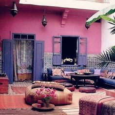 Wouldn't mind hanging out here right about now!  sweet dreams beautiful babes!!! Image via Pinterest!