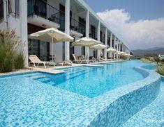 Jiva Beach Resort Fethiye Turkey is stunning! 🌅🏖️ Hotels In Turkey, Turkey Holidays, 5 Star Resorts, Turkey Travel, Beach Resorts, Oasis, Trip Advisor, Outdoor Decor