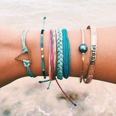 Founded in Costa Rica, each purchase helps provide full-time jobs for artisans worldwide! Shop Pura Vida for the latest handmade bracelets and accessories. Pura Vida Bracelets, Cute Bracelets, Silver Bracelets, Jewelry Bracelets, Jewelery, Silver Jewelry, Chain Bracelets, Pandora Bracelets, Hippie Jewelry