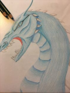 This is my opinion that Saphira looks like. Look she doesn't have feathers!  Cough-Movie-cough