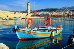 Beautiful boat in the harbor of #chaniacrete in #greece.  #beautifuldestinations #beautifulcities #wanderlust #travelinspiration.be #travelinspiration #wandering #travel #travelgram #beautifulviews #colorful #crete #chania  Photo by @travelinspiration.be  www.travelinspiration.be
