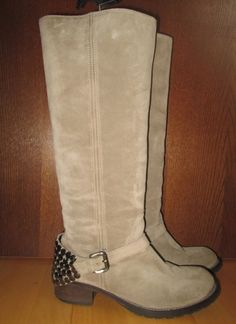 * * * JFK Velour-Stiefel mit Nieten beige, Gr.39,5 * * * | eBay Jfk, Bearpaw Boots, Beige, Ebay, Shoes, Fashion, Clothing Accessories, Ladies Shoes, Riveting