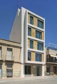 Galeria de Edifício Residencial em Cieza / Xavier Ozores - 12