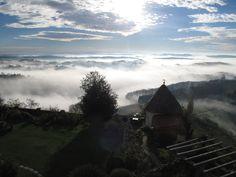 Schloss Kapfenstein in Kapfenstein, Steiermark Four Square, Mountains, Nature, Travel, Naturaleza, Viajes, Destinations, Traveling, Trips