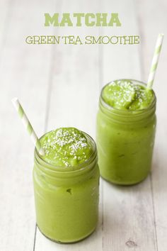 Matcha Green Tea Smoothie, quick and easy 5-Ingredient recipe. #vegan…