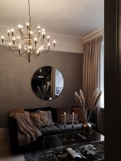 Romantic Living Room, New Living Room, Living Room Interior, Home Bedroom, Bedroom Decor, Luxe Decor, Living Room Decor Inspiration, Fall Home Decor, Dream Decor