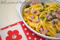 Noodles ham and peas Yummy Recipes, Yummy Food, Ham, Noodles, Beverage, Spaghetti, Favorite Recipes, Cooking, Ethnic Recipes