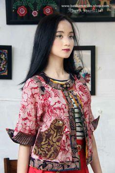 Amarillis, Batik Fashion, Batik Dress, Kebaya, Silk Painting, Asian, Blazer, Couture, Boho