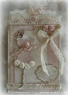 Simply gorgeous handmade card loaded with Shabby Chic goodness! ~Love~ Prior pin: Mette`s Kortverden: Shabby chic Shabby Chic Living Room, Shabby Chic Interiors, Shabby Chic Homes, Shabby Chic Furniture, Shabby Chic Cards, Vintage Shabby Chic, Shabby Chic Style, Shabby Chic Decor, Sewing Cards