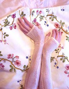 Victorian evening fingerless gloves or mittens . 1850 de HankiesHandkisses en Etsy