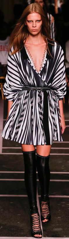 Givenchy RTW Spring 2015